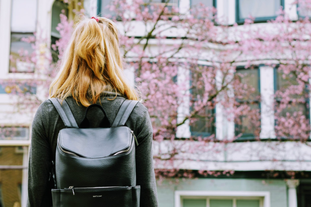 5 Reasons Why You Need to do an Internship Abroad!
